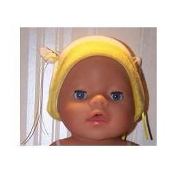 mutsje met gele rand baby...