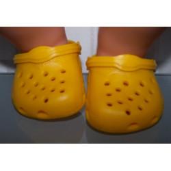 crocs geel baby born 43cm...