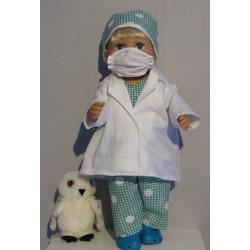 dokters set groen baby born...