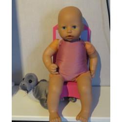 badpak oud roze babypop...