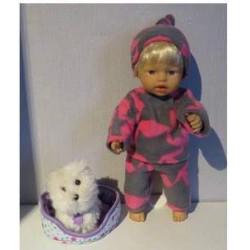 spaarvarken met paarse trui...